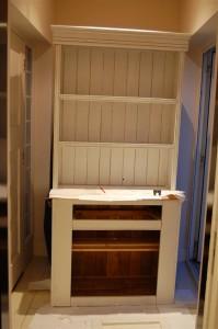 Refurbish kitchen dresser